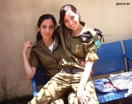 Women+soldiers+pictures